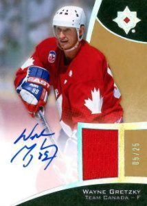Ultimate Collection Base Jersey Gretzky Auto