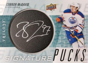 Signature Pucks Connor McDavid