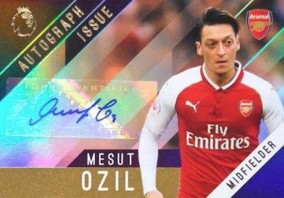 Base Autographs Mesut Ozil