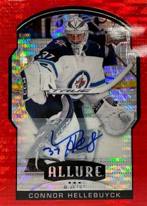 Base Red Rainbow Auto Connor Hellebuyck